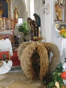 Ertnedankkrone der Gartenfreunde Haar mit Salmdorfer Pietà